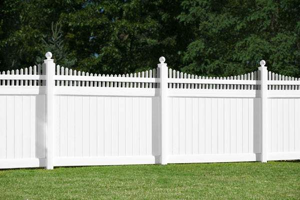 vinyl fence designs. If You Are Interested In Our Vinyl Fence Designs NJ And Would Like A Free Estimate, Call Challenger Inc. Today At (973) 772-2593.